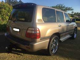 2002 Toyota Land Cruiser V8 Supercharged Petrol/LPG Wagon/suv.