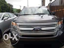 Ford Explorer XLT 2014 Grey Color few months used