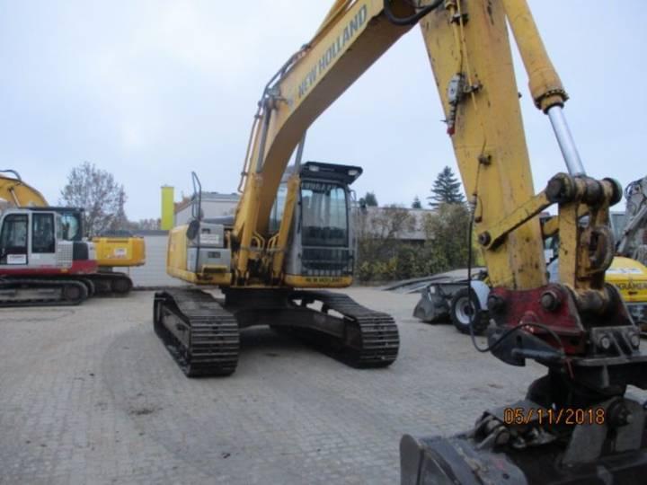 New Holland E 245 B - 2007 - image 6