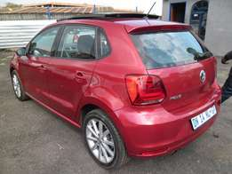 A Vw polo Tsi Auto, with sunroof Highline with full service book, 2014