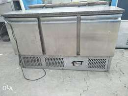 Undercounter chiller/undercounter freezer/3door,s/steel,sandentercool