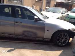 2005/2012 bmw 320d e90 stripping for part