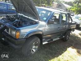 Nissan sanni 2.7diesel double cab R59000 or swap for a small car