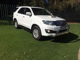 2014 toyota fortuner 3.0 d4d 7-seater manual