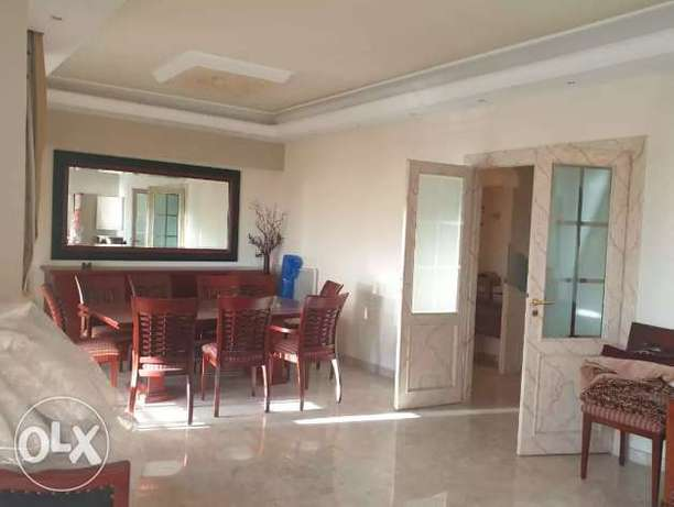A semi-furnished 170 m2 apartment with a sea view for sale in Tabarja