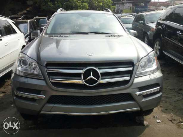 Foreign used 2012 Mercedes Benz Gl450 4matic. Direct tokunbo Apapa - image 3