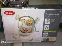 Baby swing battery operated