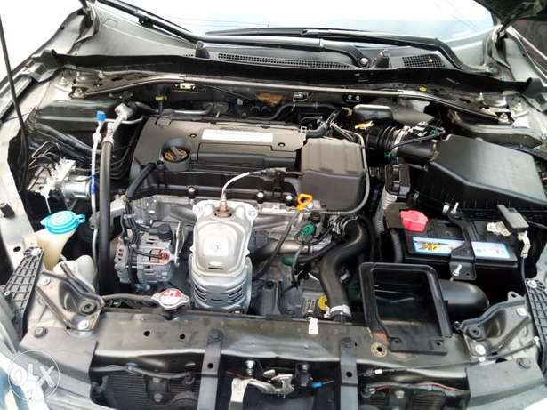 Honda accord,first body,tolks,Lagos cleared,buy and drive, 2015 model. Lagos - image 7