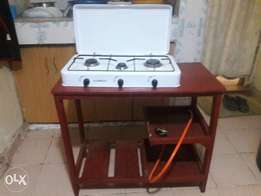 3 Gas, Cooker with cooking table, gas pipe and knob.