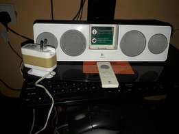 Iphone 4 dock music player with remote