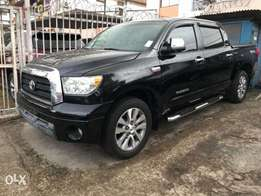 2008 model Toyota Tundra 4full door clean tokunbo