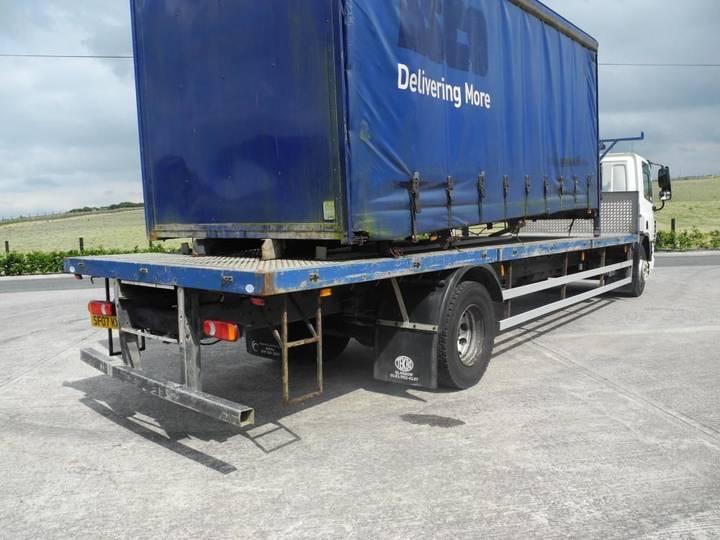 DAF 65 220 platte vrachtwagen - image 3