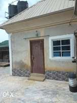 A bedsitter is available for rent in ogbeibuya area.(liam's property)