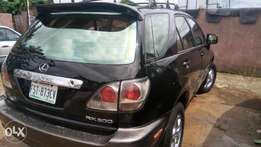 Super clean Lexus Rx300 for sale