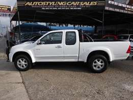 Autostyling Car Sales-East London-08 Iuzu kb 300D-Teq Lx Extended Cab