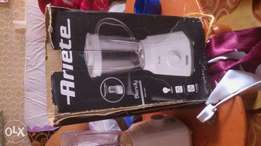 Blender Working well and used for 1 year available and ready to use ugently se