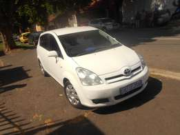 Toyota Corolla Verso 1.6, 2007 model for sale