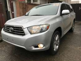 Toyota Highlander sport 2008 fully loaded