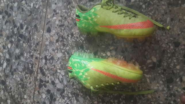 Uk used twin football boots seize 36 Ibadan South West - image 2