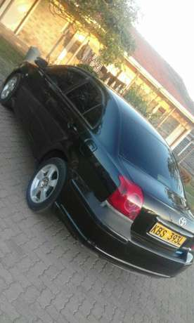 Toyota Avensis saloon well maintained on quick sell Nairobi CBD - image 2