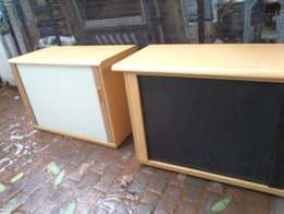 credenzas x two