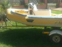 Bargain! Rubberduck with Galvanised Trailer and 125 HP Mercury