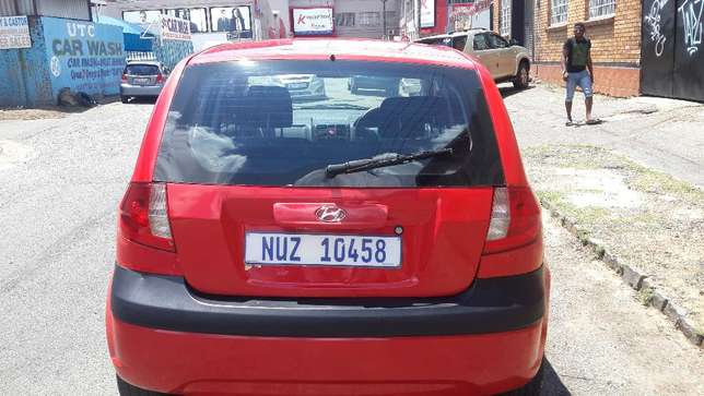 2009 Hyundai Getz 1.6 Comfortline Available for Sale Johannesburg - image 4