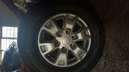 Ford Ranger 2014 mags en tyres