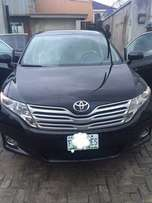 Toyota Venza 2010 fairly used..