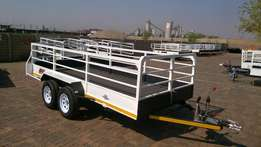 wensday spesials on 4m trailers.hook&go