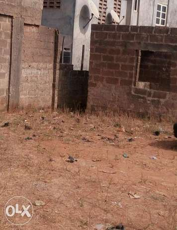 A 8 rooms uncompleted building for sell Ilorin West - image 1