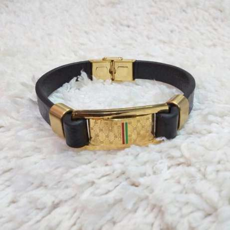 Original leather bracelets Lagos Mainland - image 5