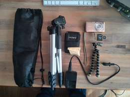 Camera Sony DSC- WX5 with accessories