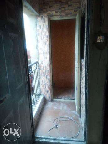 1 Bedroom Mini flat off Apapa Rd Lagos Mainland - image 2