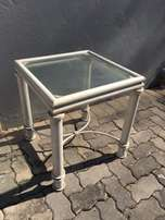 2 x matching side tables