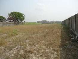 10acres for sale at the junction of AKIN ADESOLA STREET & AHMADU BELLO