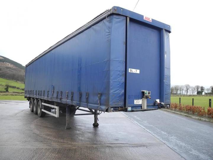 SDC Curtain Trailer - 2004