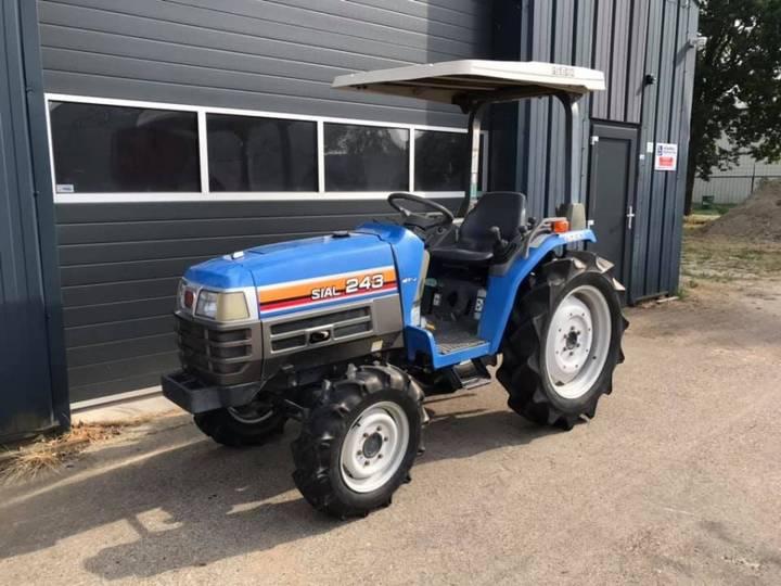 Iseki SIAL 243 4WD 27 PK forse minitractor
