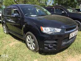 Mitsubishi Outlander Roadest (With Sunroof)