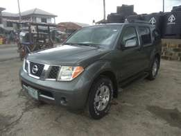 Extremely Clean 2007 Nissan Pathfinder
