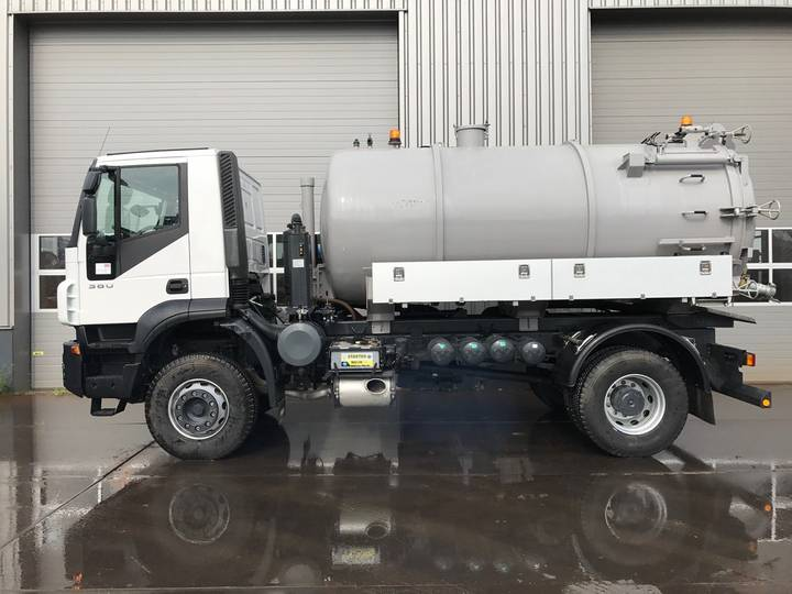 Iveco Trakker 380 4x2 AD190T38 VACUUM TANK / NEW/UNUSED - 2018