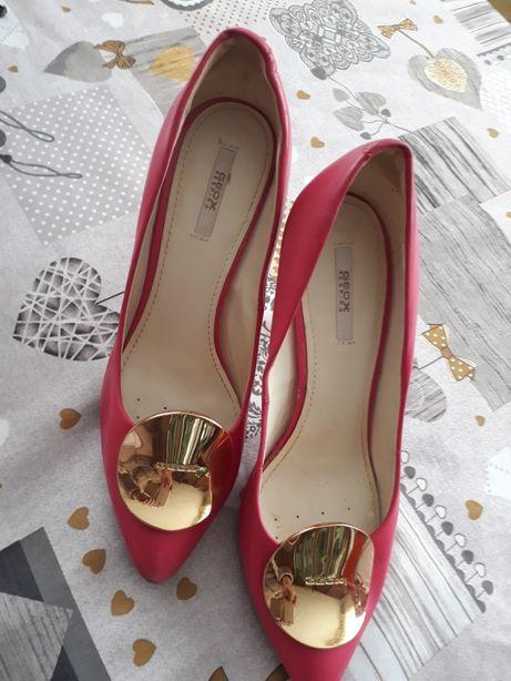 1317fca236509a Модні і нарядні жіночі туфлі,босоніжки 37рр недорого Івано-Франківськ -  зображення 1