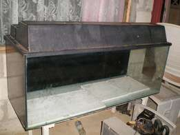 Another giveaway.1.2M Fishtank an Acessories for sale in kleinmond.