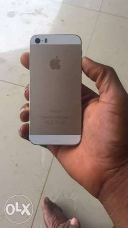 IPhone 5s gold Port Harcourt - image 2