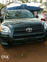 Extremely Clean 2011 Toyota Rav4 SUV, four wheel drive..