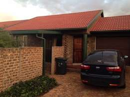 Townhouse for rent in Highveld