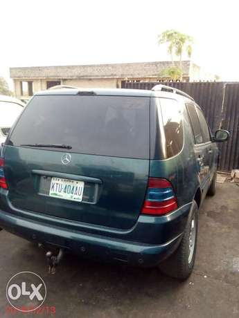 Neatly used 02 Mercedes-Benz ML 320 Ojo - image 1