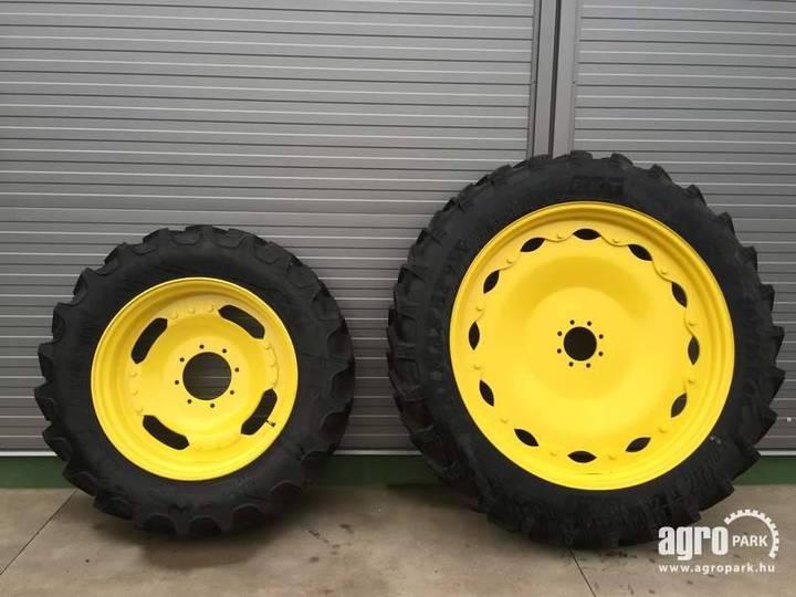 BKT New Adjustable Row Crop Wheel Set 12.4r32 And 12.4