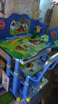 Kidz table Wth a chair n different colours blue,pink,