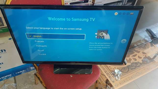 Offer offer on Samsung 32 digital tv with antenna Mwembe tayari - image 2
